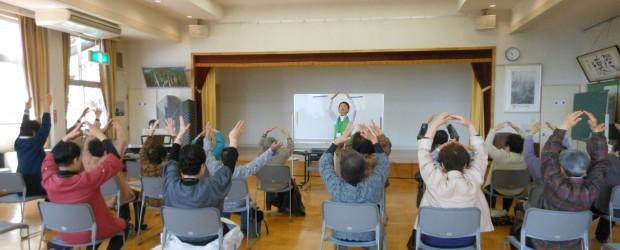 4月23日(水)、芋井公民館で『第1回ぬくもり広場』を行ないました。  今回は『音楽教室と健康教室』ということで、NPO法人長野音楽療法研究会の講師による音楽教室と芋井支所駐在の冨澤保健師による健康教室を行ないました。...