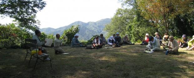 9月26日(土)、葛山夢(ドリーム)プロジェクト主催で、葛山のハイキングがありました。 今年度から地元有志により10年計画で葛山城跡と遊歩道の整備を行います。整備内容のご紹介にあわせ、地域のみなさんにも 『葛山』に親しん...
