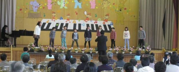平成27年10月24日(土)に「第2回 ぬくもり広場」が開催されました。 今年も秋にぴったりの芋井小学校音楽会の見学もかねて開催されました。 子供たちの澄んだ歌声やリズミカルな演奏に、参加者の皆様も心弾む一日でした。 &...