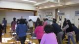 2月16日(木)、芋井公民館2階ホールで第3回健康づくり教室を開催しました。 今回は介護予防体験講座の「健康寿命を延ばそう」にテーマを絞り、長野市作業療法士の中西則行先生に来ていただきました。 内容は、自分自身で取り組め...