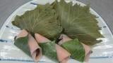 6月18日(木)桜餅・かしわ餅作り講座を開催しました。 桜餅もかしわ餅も地元の葉を使いました。